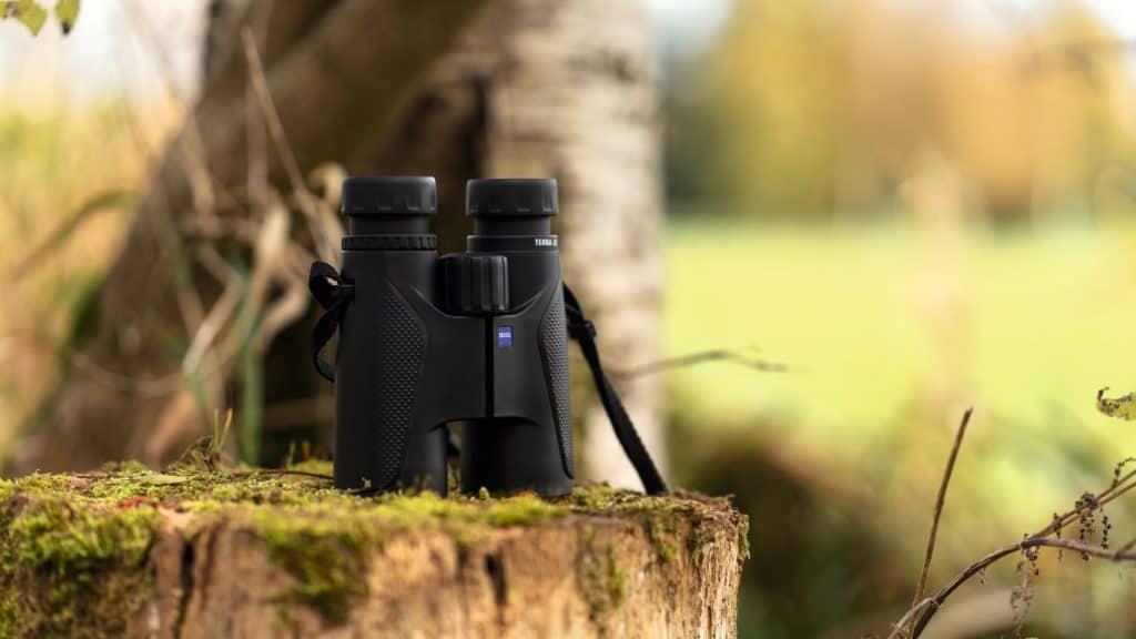 Top Features To Consider In The Best Binoculars